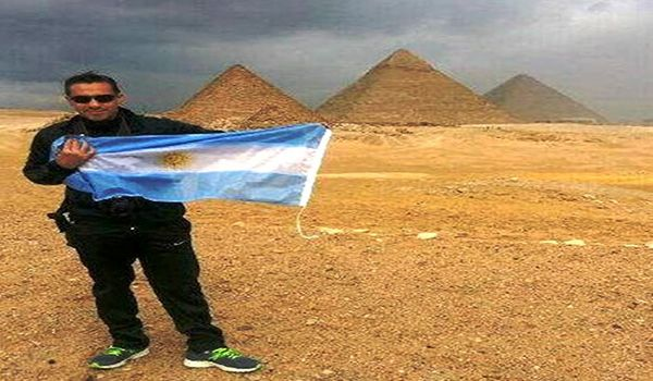Tour de visitas a las piramides de Guiza, las tres piramides de Keops, Kefren y…