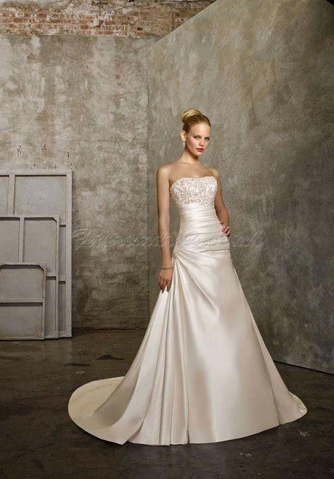 wedding dress. like the bodice