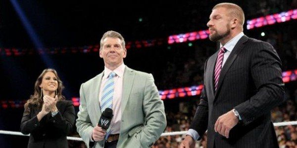 Vince McMahon praises Triple H, Total Divas cast filming in Mexico (photos)