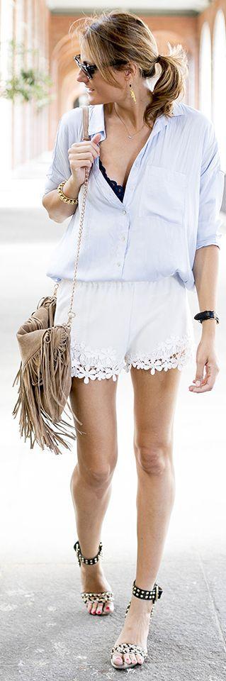 Zara White Women's Floral Lace Hem Shorts by Guiadeestilo
