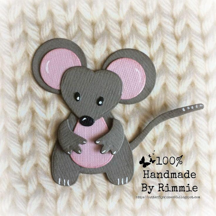 Hallo allemaal!     Lichtelijkblozend heb ik al jullie leuke reactie's zitten lezen op mijn feestelijke creatie met de schattige muis...