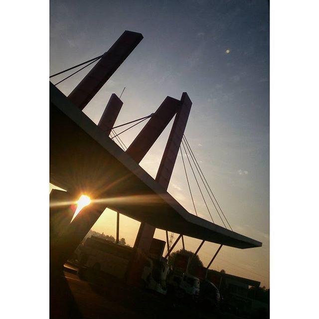 WEBSTA @ jakaanindita - Menunggu Memet #tbt #gasstation #instajakarta #BazaarRakyat #architecture #love #spbu