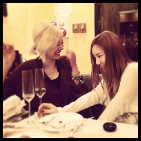 Sunny tuvo un cumpleaños muy divertido con el resto de las integrantes de Girls' Generation.     Taeyeon subió fotos de la fiesta de S...