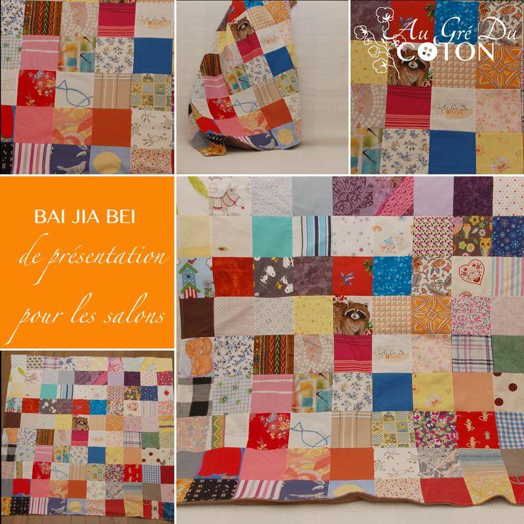 BAI JIA BEI Assemblé en avril 2014 Dimensions : 100 cm x 100 cm Dessous du BJB : Jersey de coton, couleur taupe Evènement : Présentation dans les salons