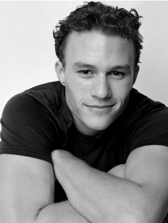 What Happened to Heath Ledger - The Story Behind How He Died  #heathledger http://gazettereview.com/2015/12/happened-heath-ledger-story-behind-died/