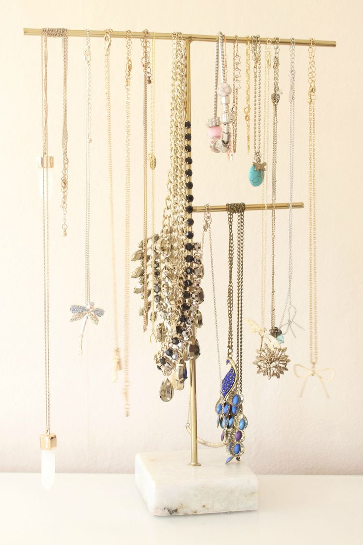 Oliver Bonas Jewellery Stand // Beauty and the Chic
