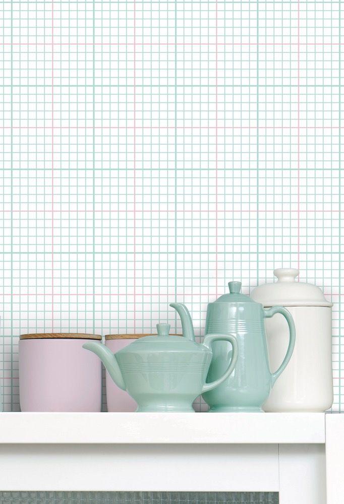 Tämä paperitapetti on saanut inspiraationsa matematiikan kotiläksyvihkoista. MINI MODERNS® Interiortodayfi, tapetti, ruutu, ruutuvihko, kotiläksyt, sisustus, remontointi