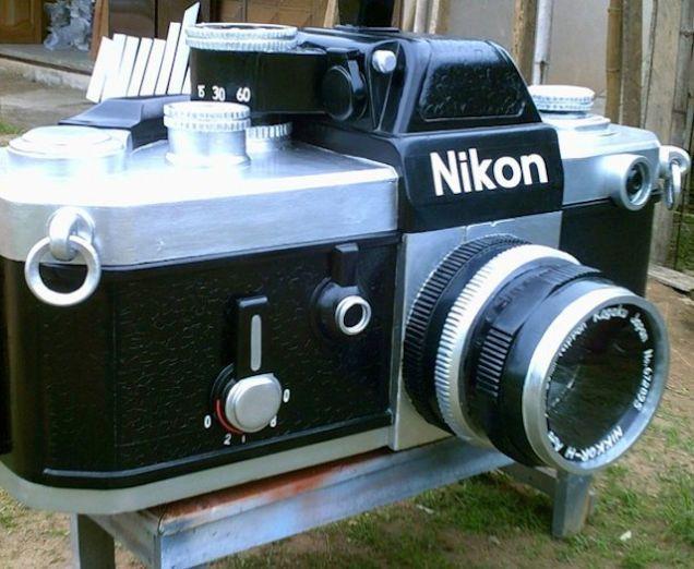 Paa Joe, Nikon F2 camera, 2011