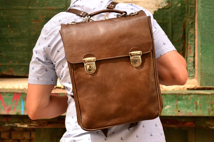 The Commuter bag - with clasps