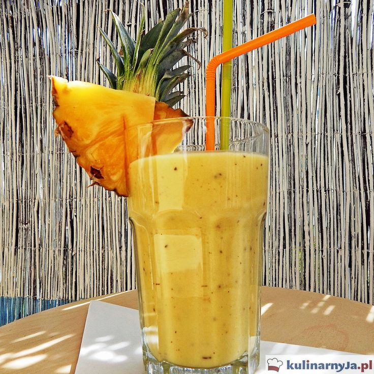 Koktajl egzotyczny z ananasem i mango