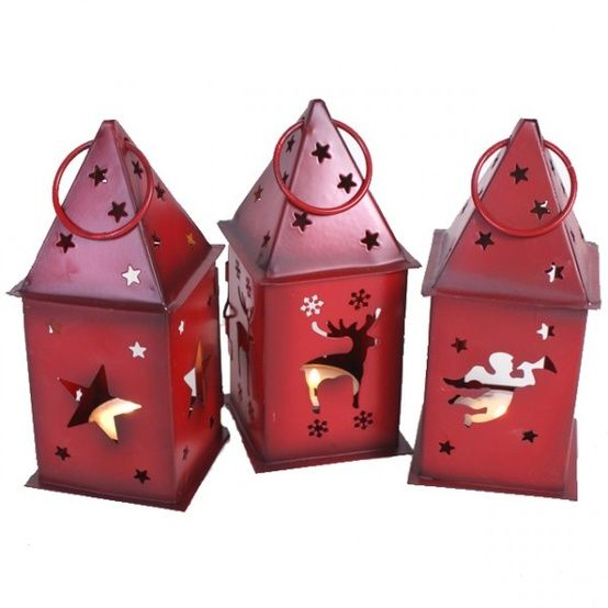 Photos of Christmas lanterns | 41 Amazing Christmas Lanterns For Indoors And Outdoors | DigsDigs
