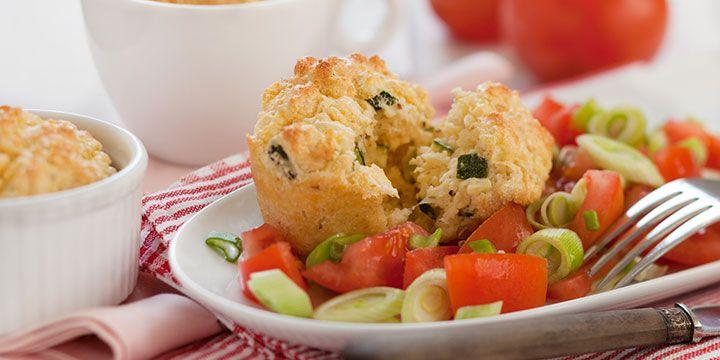 KochAbo.at - Hirsesoufflé mit Tomaten-Frühlingszwiebel Salat
