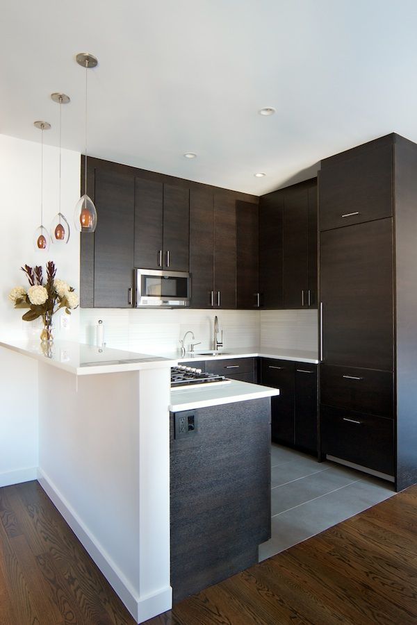 Modern Kitchen With Oak Forest Brown 5 In Solid Hardwood Wide Plank Soho Horizontal Cabinet Door Style By Kitchen Craft