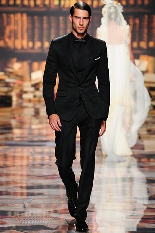Dress It Up - The Attire: Groom & Groomsmen - create a great masculine silhouette in black on black tux! #Wedding in #Fall