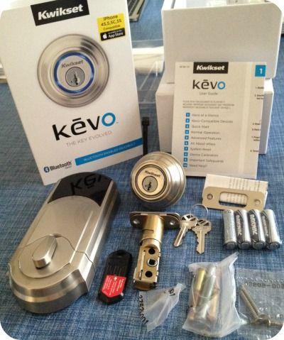 Serrure à pêne dormant Kevo activée par Bluetooth de Weiser Vu chez Best Buy (250$)