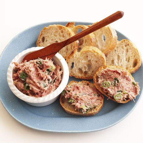 レタスクラブの簡単料理レシピ コンビーフ缶で「コンビーフの即席パテ」のレシピです。
