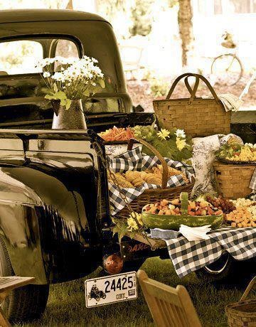 Old fashion picnic.  #smoothestdayever