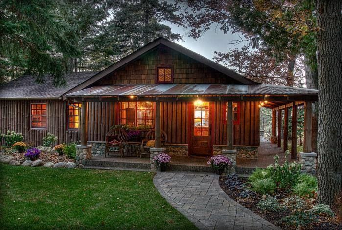 2355 best cabin in the woods images on pinterest rustic for Small log cabins with wrap around porch