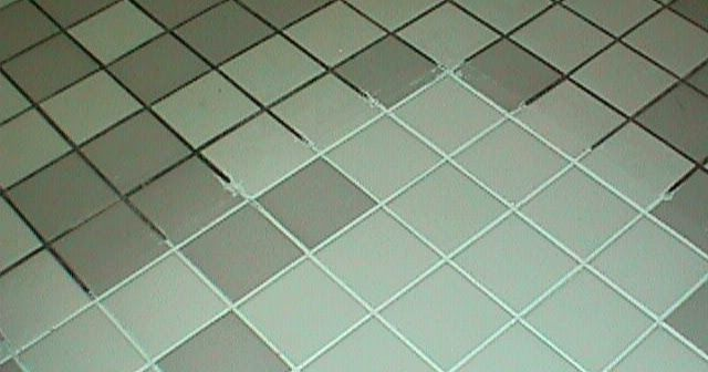A Mum 'n the Oven: Tip of the Day #72: Grout Cleaner