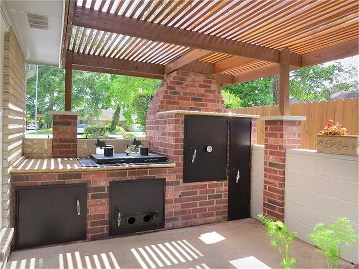 Outdoor Kitchen with Built in Smoker | outdoor kitchen built in 2012 smoker and grill a cool feature place to ...