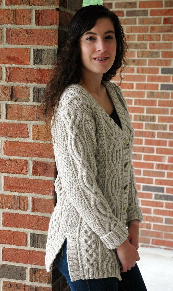 Aran Cardigan Knitting Patterns Free : Best 25+ Aran knitting patterns ideas on Pinterest Free aran knitting patte...