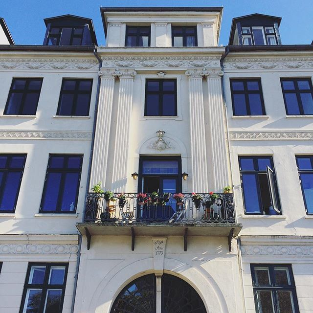 https://flic.kr/p/yJzLVf | #Copenhagen #København #sharecph #voreskbh #delditkbh #christianshavn |   9 Likes on Instagram
