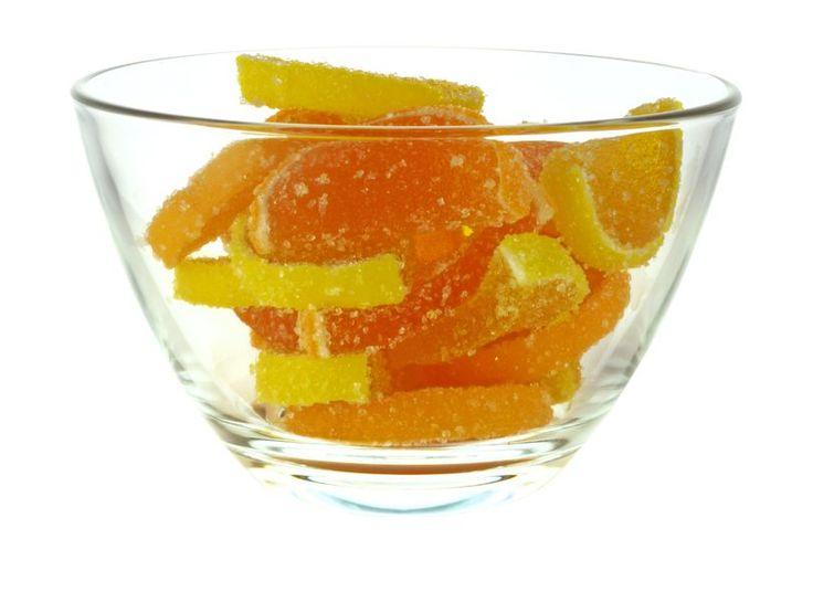 Kandírozott narancs és citrom - PROAKTIVdirekt Életmód magazin és hírek - proaktivdirekt.comMég mindig nem vagy karácsonyi hangulatban? Az illatok nagyon sokat segíthetnek abban, hogy legalább ideiglenesen ünnepi kedved legyen. Tudniillik a kellemes illatok, amelyekhez pozitív emlékképeket társítunk, jó érzéssel töltenek el minket, míg amelyekhez negatív élményeink fűződnek, azoktól az illatoktól valószínűleg életünk végéig irtózni fogunk.