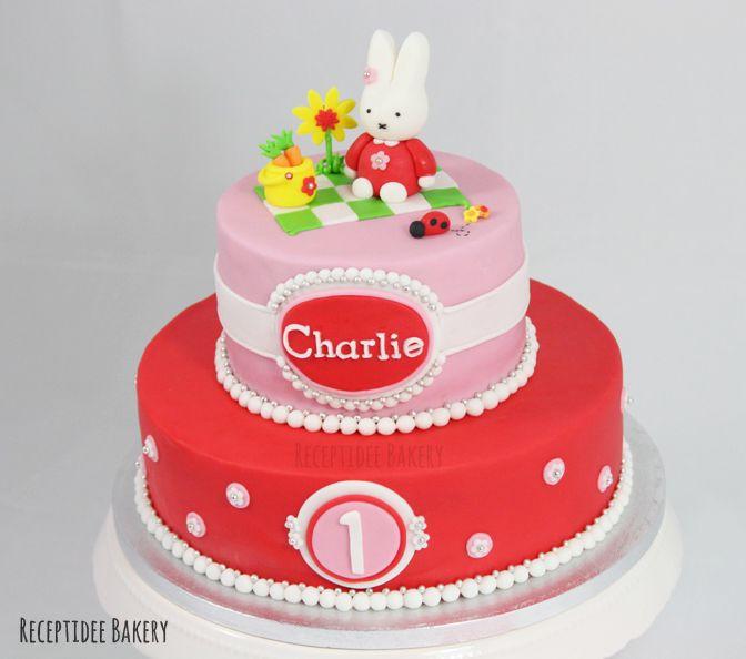 Nijntje taart voor Charlie, van harte gefeliciteerd! #miffy #nijntje #cake #taart #cakedecoration #fondant #receptideebakery