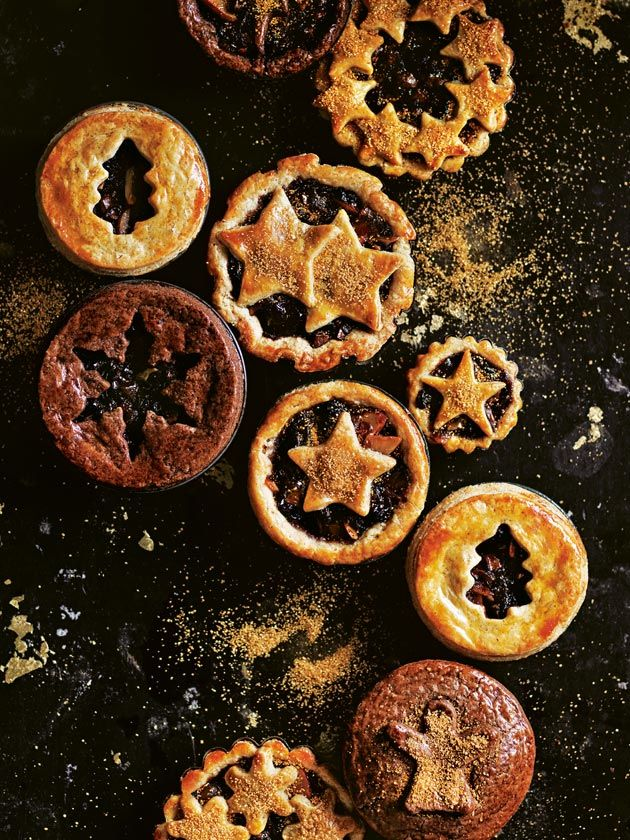 A scattering of edible gold dust makes all the difference to making these mince pies even more special this Christmas.