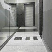 Pavimento in  Marmo Bianco Carrara e Granito Nero A frica Lucido