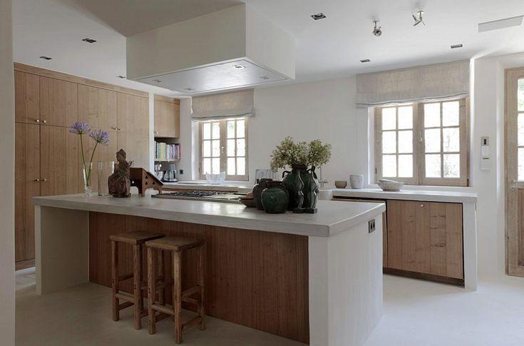 Verbouwing Mougins. Bekijk meer keukens op walhalla.com/inspiratie/keuken