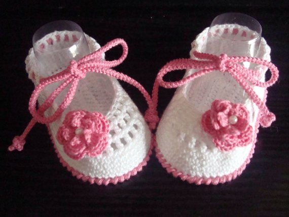 Crochet Baby Shoes - Ballet Slippers- Crochet Baby Girl Booties - Flower Shoes. READY TO SHIP