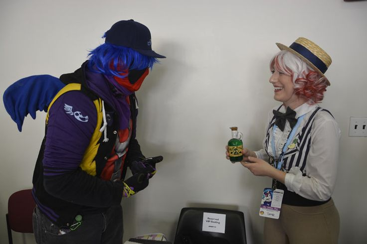 Flim spots a mark on the horizon - Deadpool is buying some of that green tonic to improve his 4th wall breaking abilities! #PonyconNYC #cosplay #MyLittlePony #brony