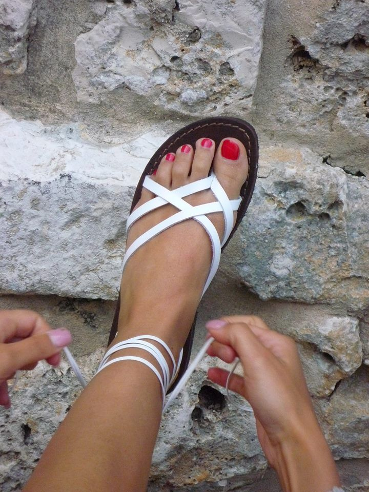 Handmade leather Sandals 100% made in Italy. Shopping link --> www.sandalishop.it