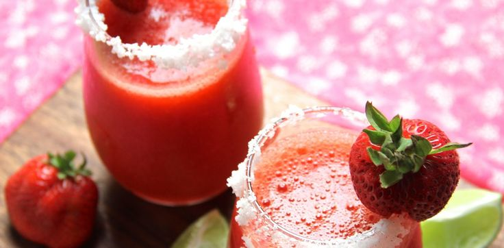 Margarita de Fresa Saludable Para Disfrutar El Mundial 2014 / Healthified Strawberry Margarita For The World Cup