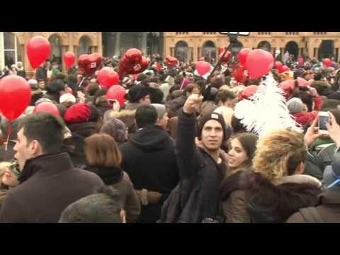 valentine kiss youtube