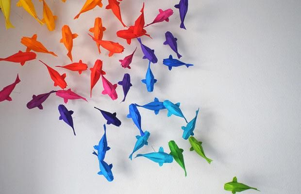 fish origami: Origami Fish, Koi Ponds, Rainbows Fish, Modern Metropolis, Rainbows Origami, Origami Art, Colors Fish, Kids Rooms, Origami Koi