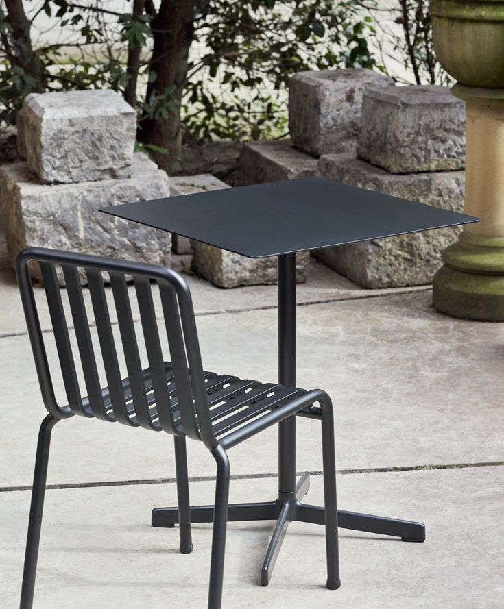 Palissade chair and Neu table
