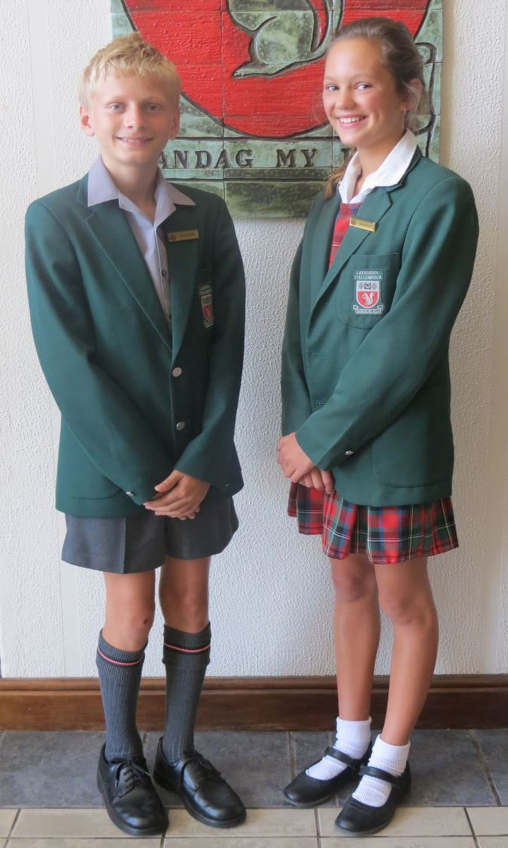 con school uniform What are the pros and cons of school uniforms the debate about their effectiveness continues to rage with parents, students, and teachers.