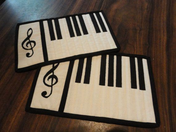 Black and White Treble Clef Mug Rug by sewingneedles on Etsy