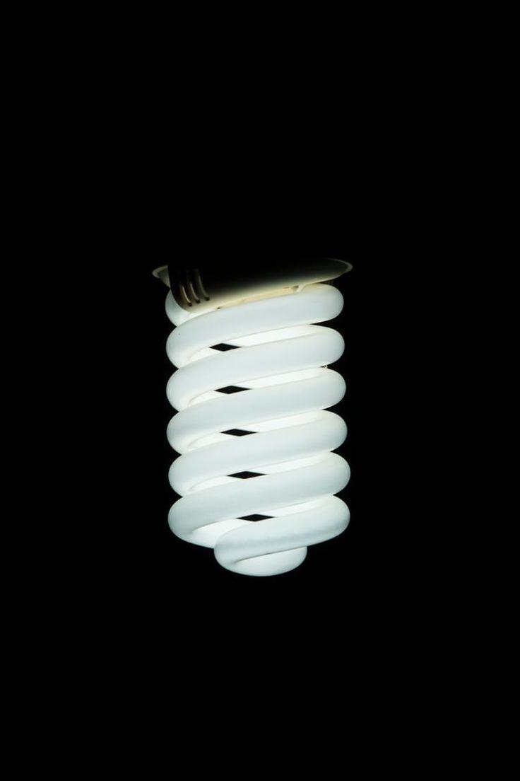 Фри фото светлый, темный, лампочки, электричество