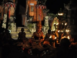 Kecak Fire & Trance Dance Ubud – Bali « Private Tour Driver Bali Island