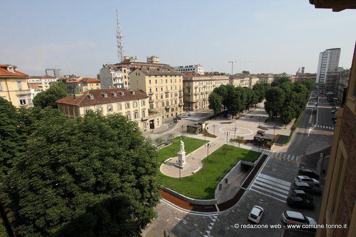 La nuova piazza Solferino #Torino. Lunedì 17 giugno con la presenza del sindaco e dell'assessore Lubatti, è stata inaugurata piazza Solferino dopo la sua risistemazione e la costruzione del parcheggio pertinenziale.