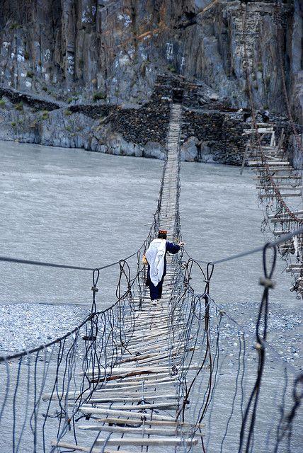 Hussaini Bridge, Hunza River, Pakistan.  Photo: elise and matt via Flickr