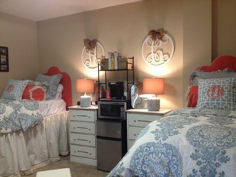 Matching Dorm Room Bedding