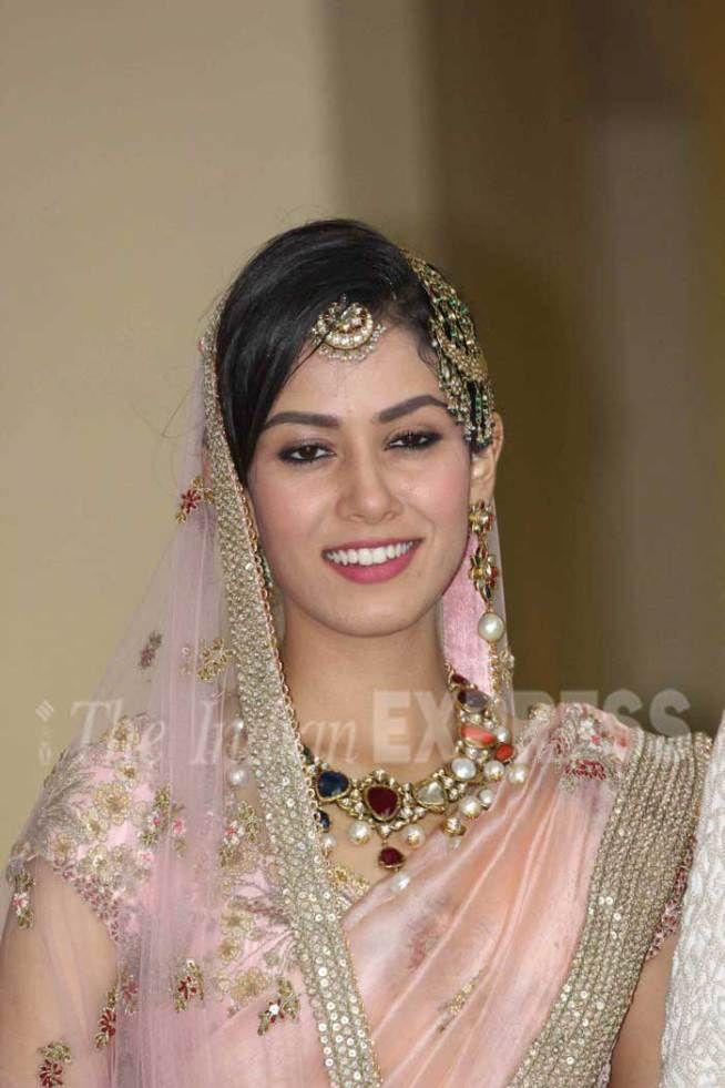 Mira Rajput at the post wedding press conference. #Bollywood #Fashion #Style #ShahidKiShaadi #Beauty