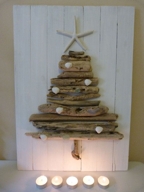 driftwood xmas tree! But I will make mine white on natural wood!