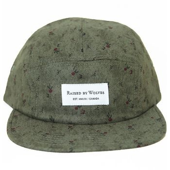 Raised By Wolves Algonquin 5 Panel Cap - Green Civil War Floral  Label: Raised By Wolves   Format: Cap  £25.00 (£30.00 inc VAT)     Canadian born brand Raised By Wolves takes its inspiration from Skate culture, Urban clothing, and other popular trends combining them to create unique and one of a kind pieces of clothing.   •	Green Civil War Paisley colourway  •	Cotton body  •	Raised By Wolves woven label detail  •	Web fabric adjuster at the back  •	Made in USA