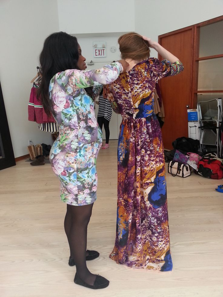 BTS: head designer Catherine pinning together her outfits !