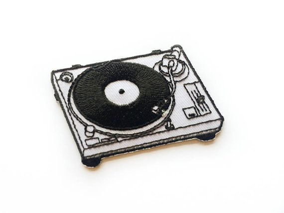Turntable Patch / Vinyl Player / Turntable Iron-on Patches / Record Player / Tattoo Appliqué / Embroidery / DIY Denim Jacket